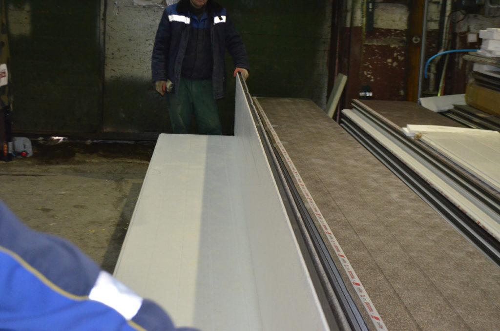 Производство секционных ворот